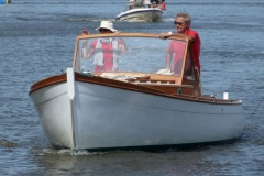 Betty Georges, sur l'eau